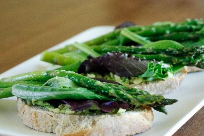 Avocado Asparagus Tartine | Well Vegan